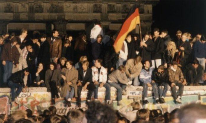 30 vite prej rrëzimit të murit të Berlinit që dërgoi në bashkimin e Gjermanisë
